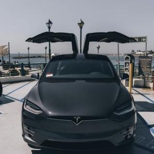 Tesla - 2020 TESLA MODEL X